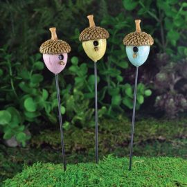 Bird Houses,Feeders and Bird Baths