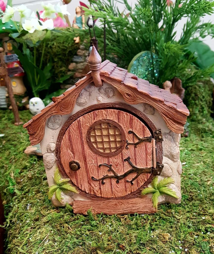 Opening Fairy Dome House-fairygardensuk.co.uk