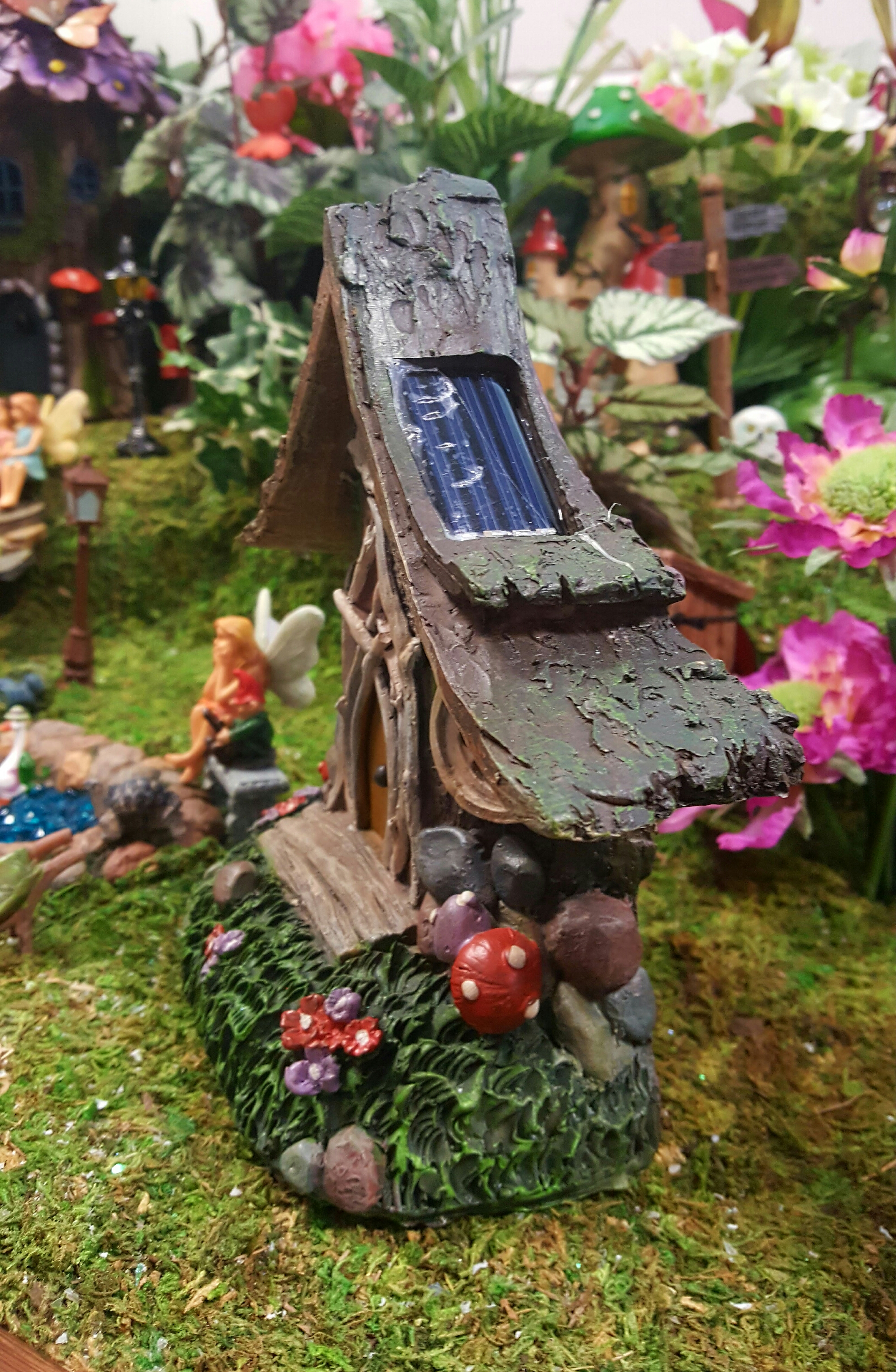 Solar Dell Fairy House Fairygardensuk Co Uk