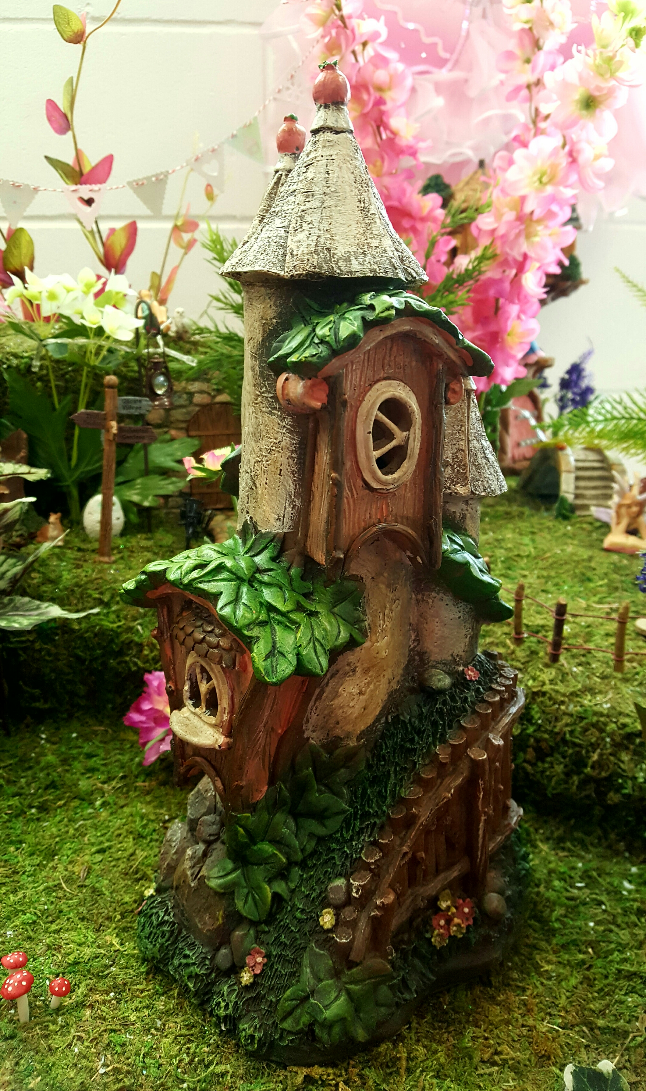 Solar fairy castle-fairygardensuk.co.uk