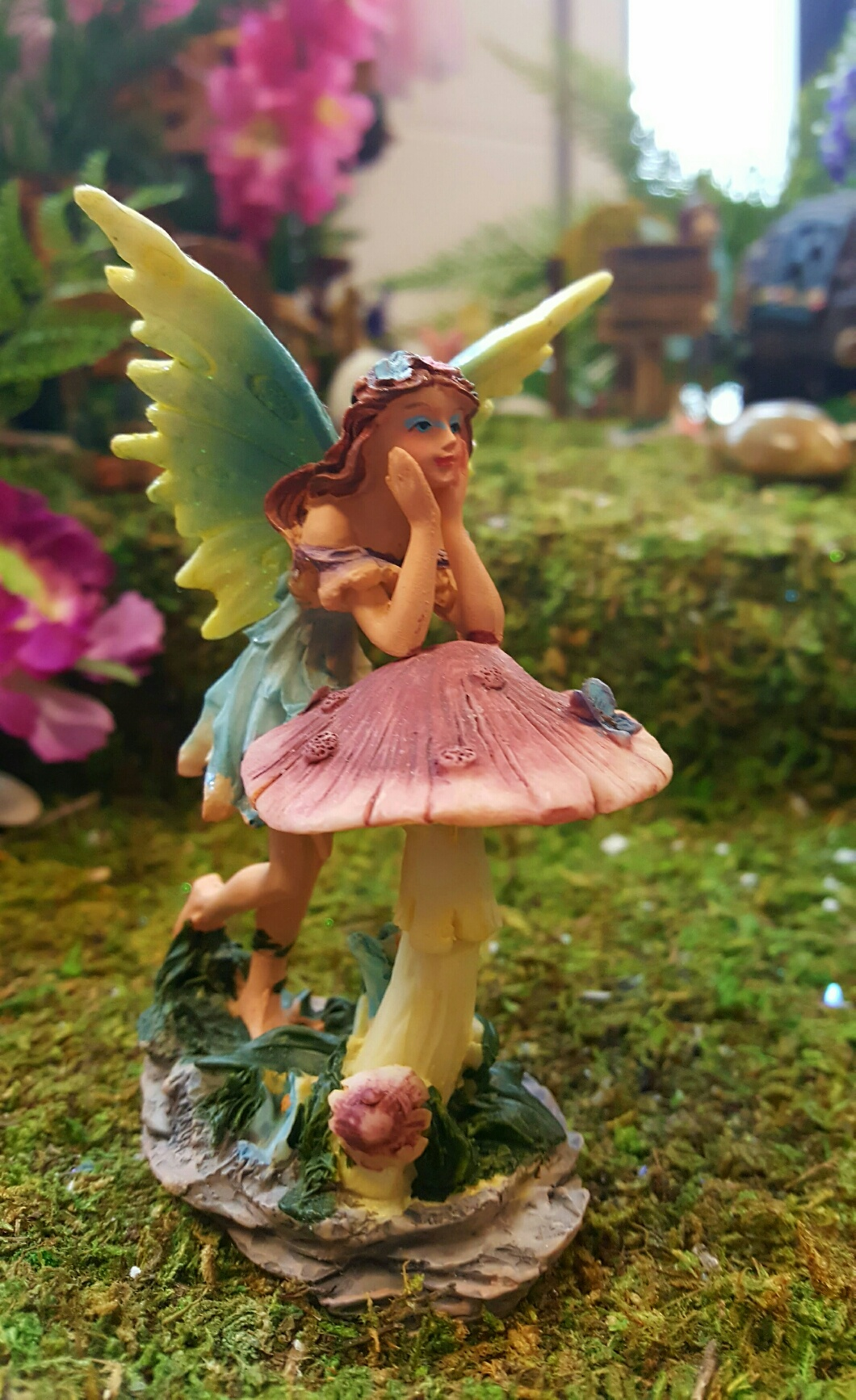 Fairy Leaning On A Toadstool Fairy Gardens Uk